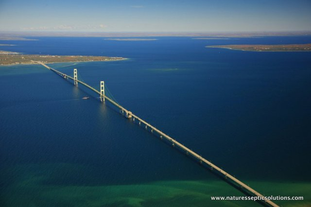 Mackinac Bridge - image